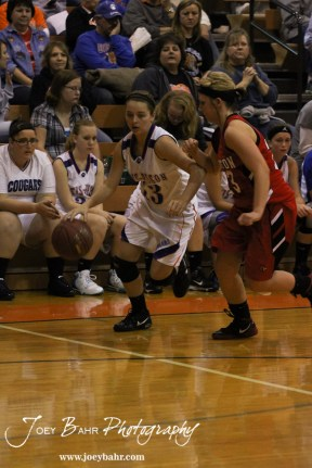 Otis-Bison_Girls_vs_Hoisington_12-9-11_0160